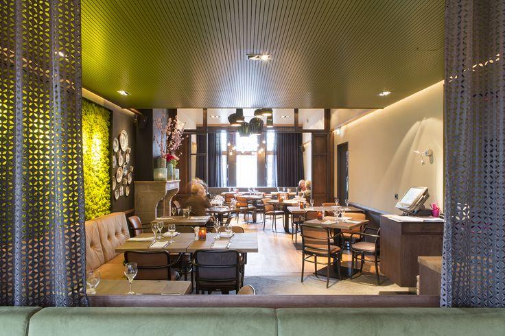 Leuk nieuw interieur van de eetkamer! Ga voor de sissende garnalen, standaard, maar té lekker om niet te doen! | De Eetkamer, Goirle