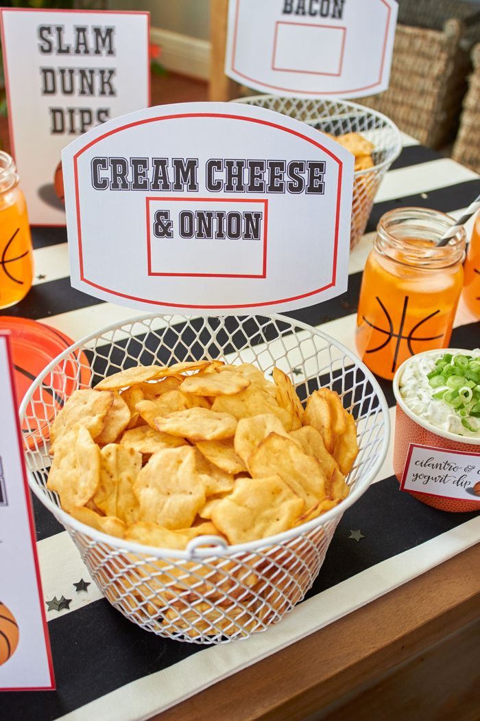 Basketball Madness Watch Party Ideas | Easy Snacks for your basketball party | FREE PRINTABLES | DIY basketball ideas | Basketball net serving bowls