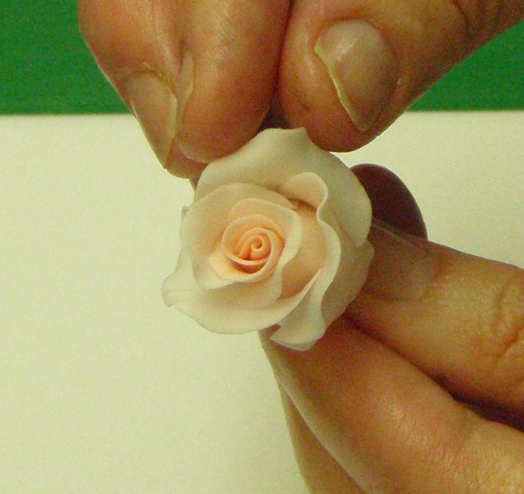 Making A Basic Rose
