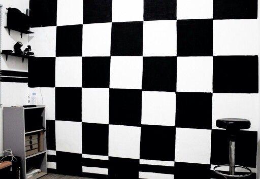 Black &  White.  @rdfherdy. #silvasoriginals   #blackandwhite #wall