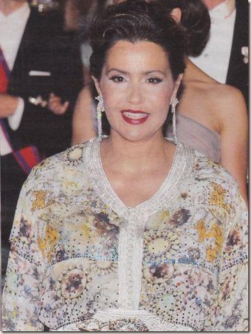 La princesse Marocaine  Lala Meryem  la soeur du Roi Mohamed 6  a representé le maroc au mariage du prince albert II de Monaco accompagné ...