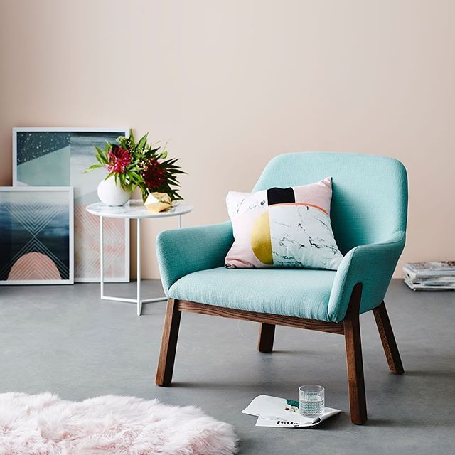 Never one to shy away from colour @becjudd has introduced the gorgeous Cirro Chair to her latest range for Home Republic.