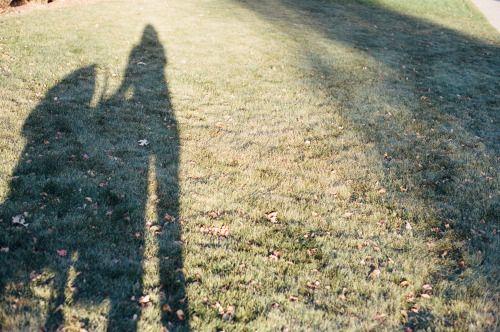Shadows 35mm // Minolta Maxxum 7000 // Kodak Portra 400