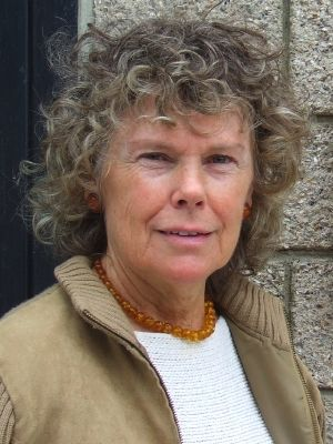 Kate Hoey is a British Labour Party politician who has been the Member of Parliament for Vauxhall since the by-election in 1989. She served in the Blair Government as Minister for Sport from 1999 to 2001 and is strongly in favour of leaving the EU.
