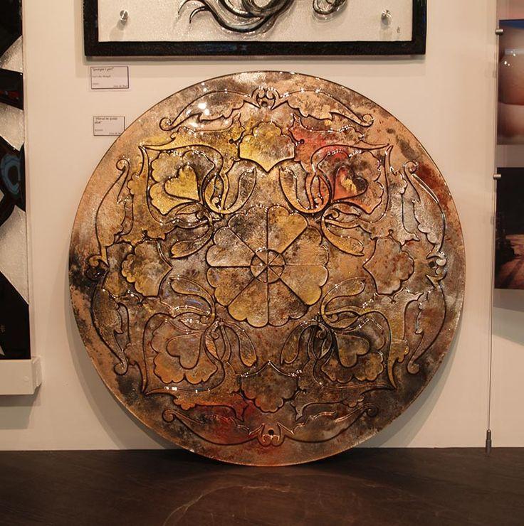 http://glassartgallery.com.au/portfolio/floral-in-gold-disk/