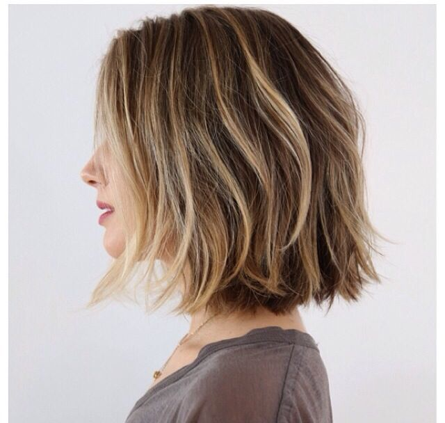 Love this! Beautiful hair color (medium with blonde highlights) at collar bone…