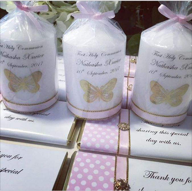 Bomboniere Personalised Candle 7-5 cm