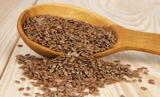 DIY gel per capelli fatto in casa con i semi di lino: http://www.nonsprecare.it/il-gel-per-capelli-fatto-in-casa-con-pochi-grammi-di-semi-di-lino