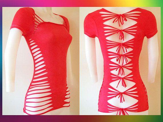 Junior / Womens rosa roja cortada camisa Sexy por LasciviousGrace