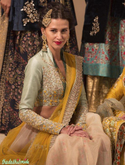 Top Picks blouse pale blue with yellow ivory and silver embroidery 2 - Anju Modi - Amazon India Couture Week 2015