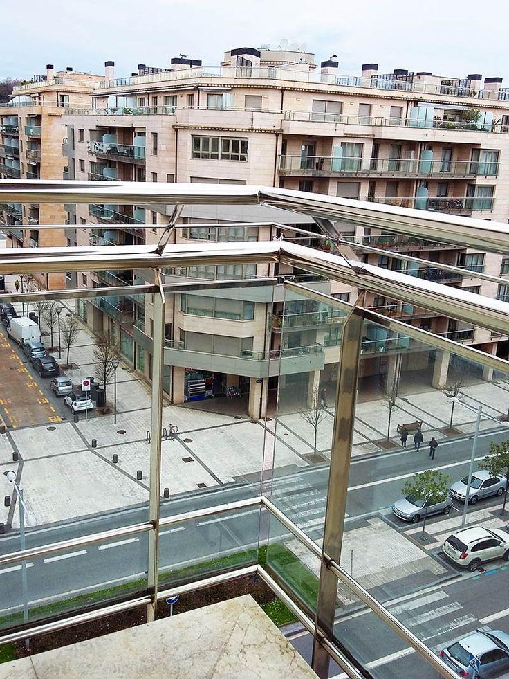 Antepechos de acero inoxidable para vivienda de Riberas de Loyola en San Sebastián #donostia  #sansebastian #barandillas