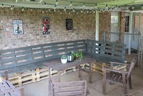 DIY Outdoor Patio Furniture from Pallets-This is the best step-by-step instructions for these I have found.  Now just to get them done.