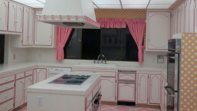 Just think of all the canned foods you can heat up in this luxury kitchen! The 70's-style Las Vegas doomsday bunker was built during the height of the Cold War Twenty-six feet underground, the bunker feels like you are actually outside The bunker is now being sold as a foreclosure for $1.75 million