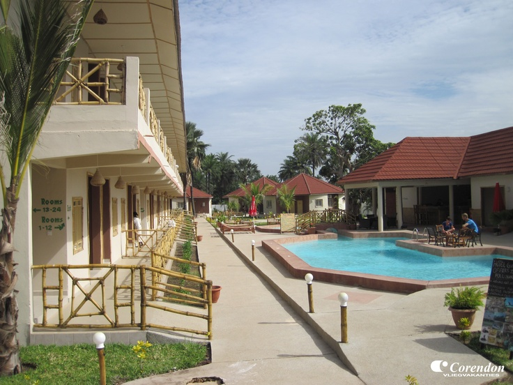 Bamboo is een nieuw, kleinschalig hotel in typisch Afrikaanse stijl. Door de unieke bamboe inrichting heeft het hotel een exotische uitstraling. Het is hier heerlijk genieten!
