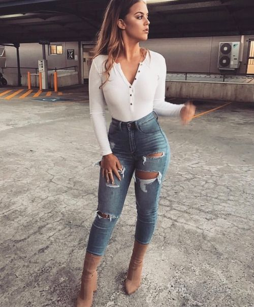 25+ Best Ideas about Sexy Jeans Outfit on Pinterest | White pants White pants summer and Blazer ...