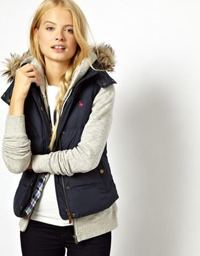 Gilet With Faux Fur Trimmed Hood