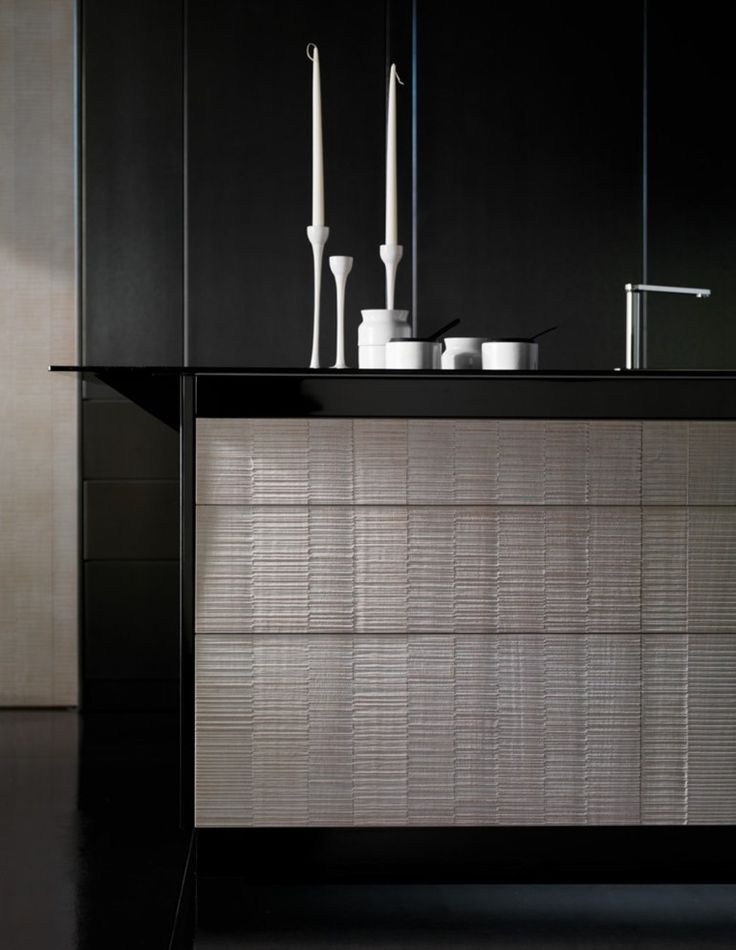 #kitchen with island INVISIBILE by TONCELLI CUCINE