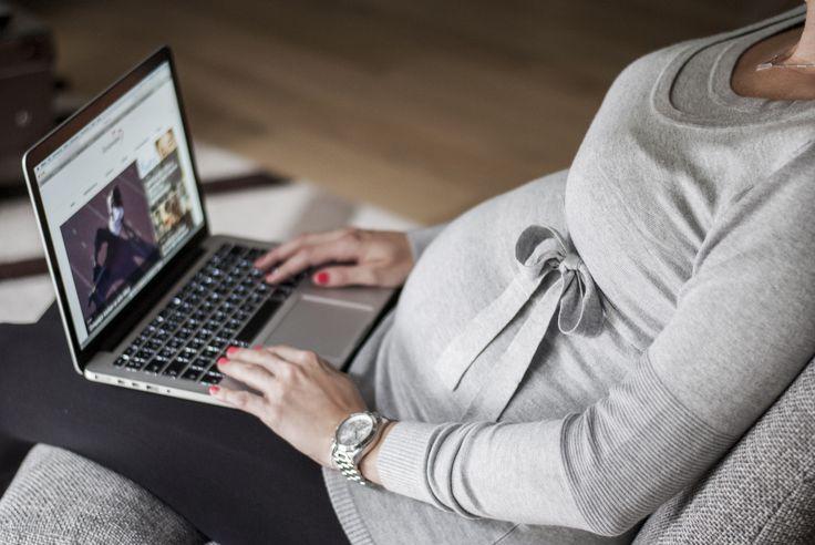 #SophieArtPhoto #bboom #bboomstyle #bestofbboom #grey #pulover #bow #fashion #fashionblogger #style #streetsyle #accessories #necklace #thomassabo #watch #michaelkors #maternitywear #pregnancy #apple #laptop #ilovemomblog