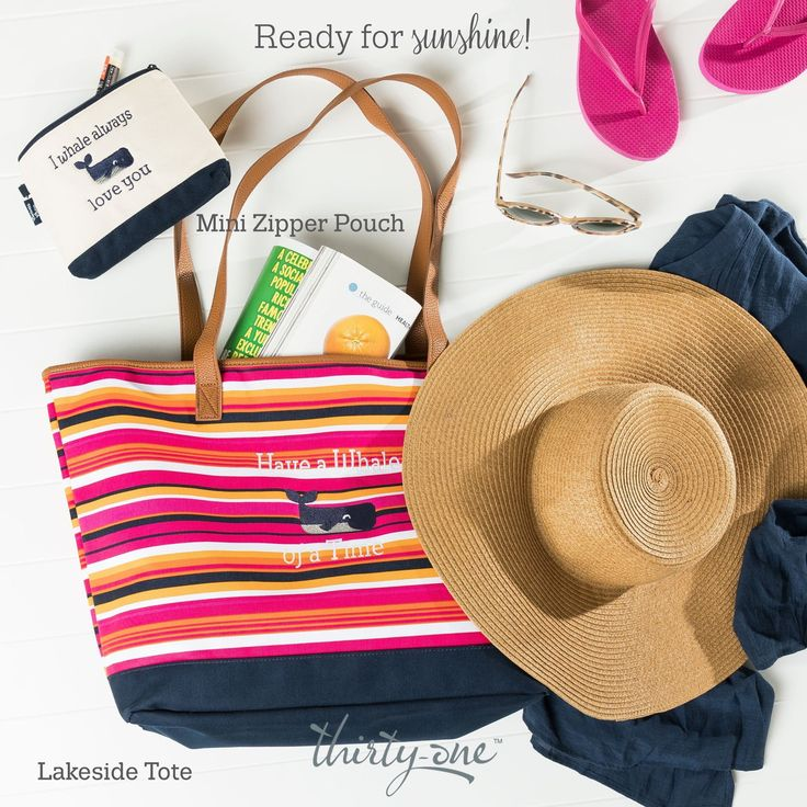 Thirty-One Gifts Lakeside Tote Summer 2017 Zipper Pouch Pinstripe Punch lakeside tote is perfect for the beach this Summer Kristin Moses Thirty-One Consultant www.mythirtyone.com/kristinmoses #lakelife #lakeside #tote #thirtyonegifts #summer #summerdays #joinme #findaconsultant