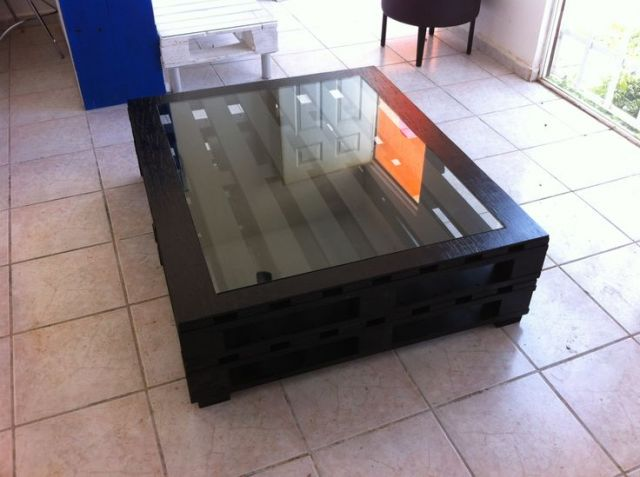 Ciekawy pomysł na stolik z palet