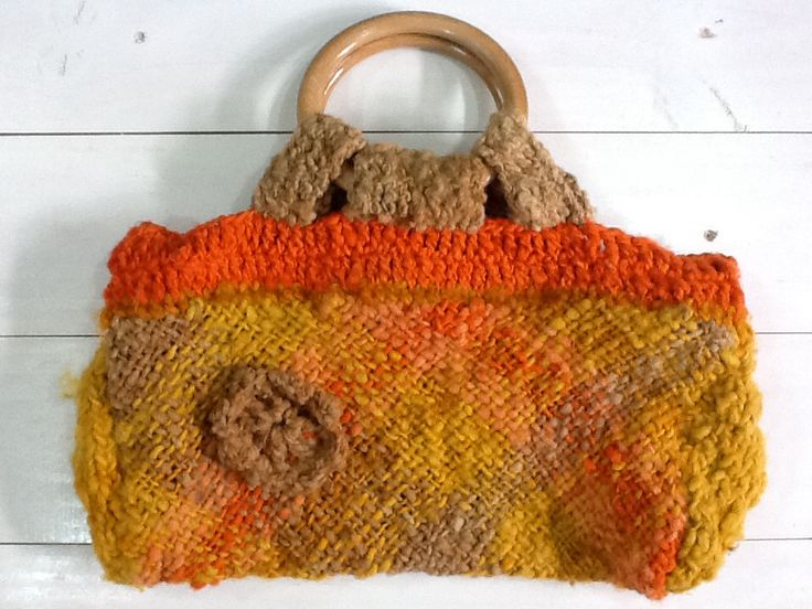 Crochet Tote Bag Tutorial Part 1 : 87 best images about Carteras on Pinterest