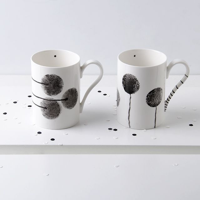 Hand painted porcelain mugs by OLGA KABIE @OLGA KABIE #bonechina #olgakabie #mug #blue #ocean #gift #porcelain #sea
