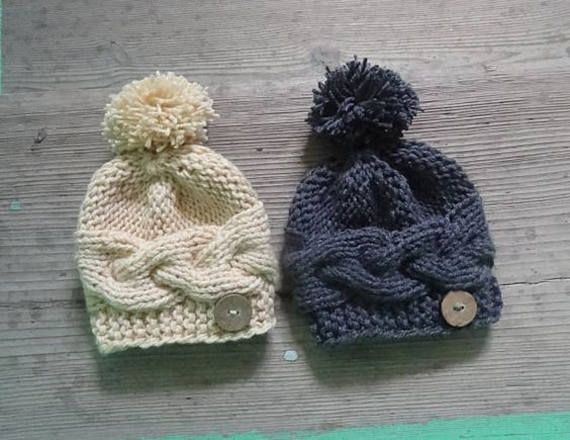 Knit Baby Hat  Newborn Hat  pompom hat  Girl Outfit  Photo