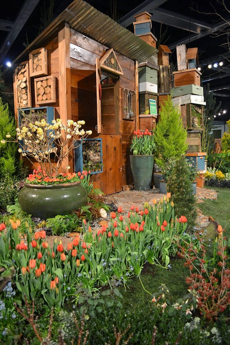 The Outlaw Gardener: Fewer Words Wednesday: The Northwest Flower And Garden  Show