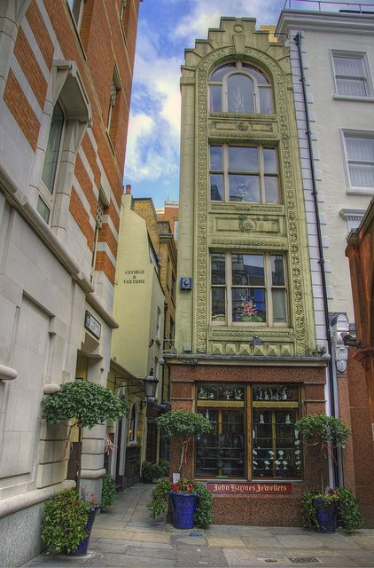 St. Michael's Alley Court, City of London