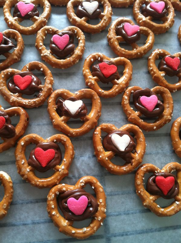 Pretzel treat for Valentines day!!! #love #valentines #day #valentinesday #dessert #desserts #food #foods #party #heart #hearts #made #with #love #lover #lovers #treats #baked #goods #cooking #recipes www.gmichaelsalon.com