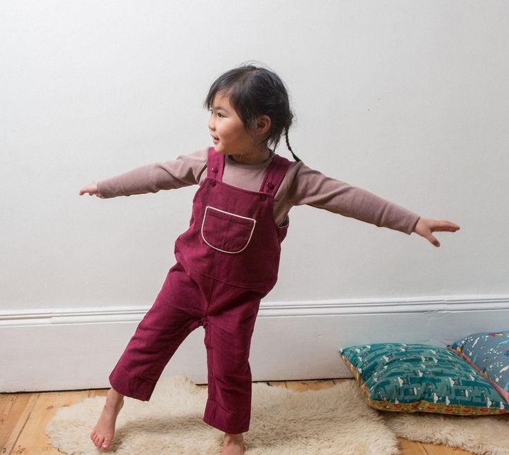 New this season are our berry corduroy dungarees – a perfect hardwearing piecefor everyday playing. Why so special? Adjustable Straps Front pocket for hiding