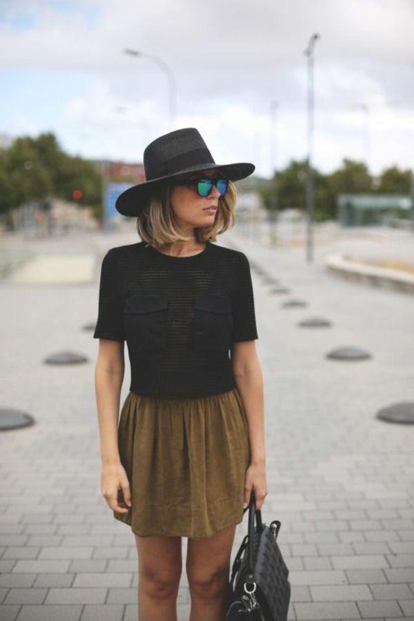 chapeau noir pour la femme moderne