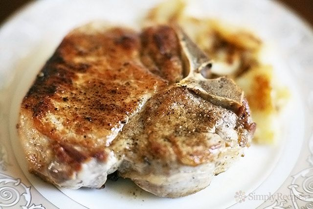 Mom's Perfect Pork Chops ~ Quick and easy pork chops, with a cumin and pepper dry rub, pan fried to perfection. ~ SimplyRecipes.com