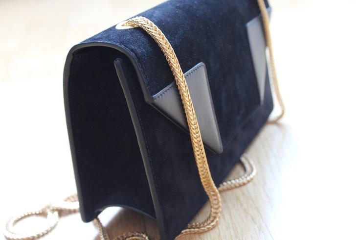 yves saint laurent belle de jour clutch bag large - 41958f5374e0521165b8055b9276b780.jpg