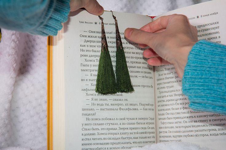 """Купить Серьги-кисти """"Зеленые"""" - тёмно-зелёный, зеленый, зеленые серьги, длинные серьги"""