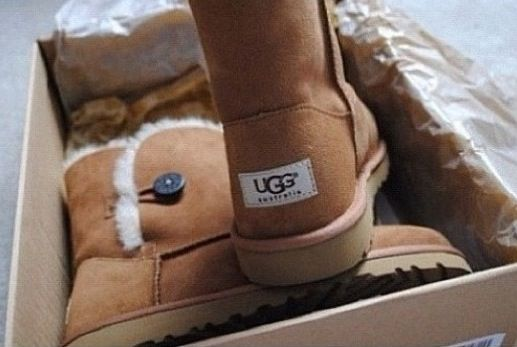 balenciaga day bag  snow  ugg  boots only  39  it is your best choice to repin it and click link stuff to buy