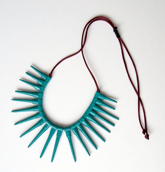 Creative recycle Green sea water paper necklace by Egeo on Etsy, €32.00