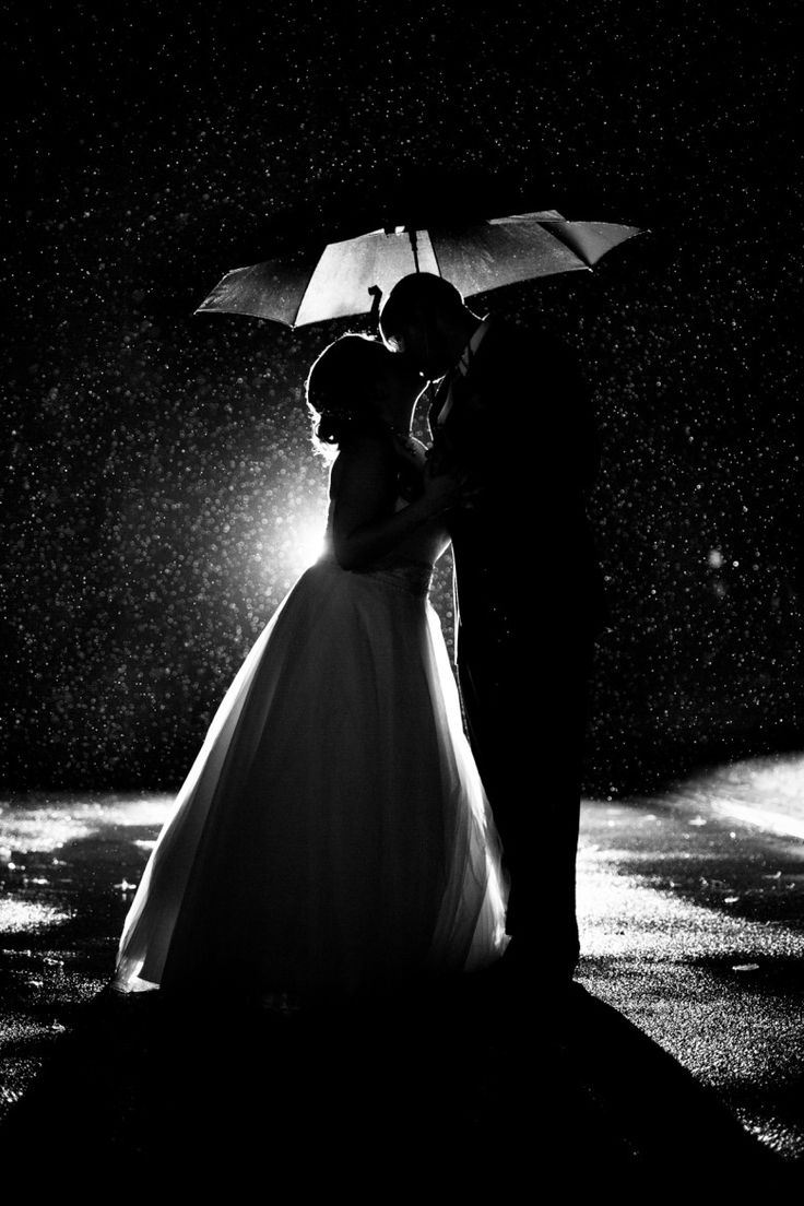 Awesome rainy wedding photo by Kristen Schueler: Boston & New England Wedding Photographer // A Practical Wedding