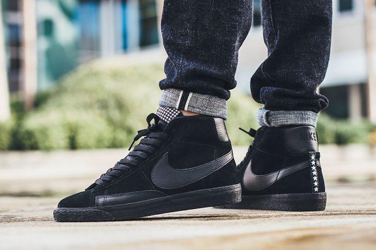 Nike WMNS Blazer Mid SE Sneakers Black Black Anthracite