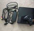Microsoft Xbox 360 1439 4GB Black Console  Controller