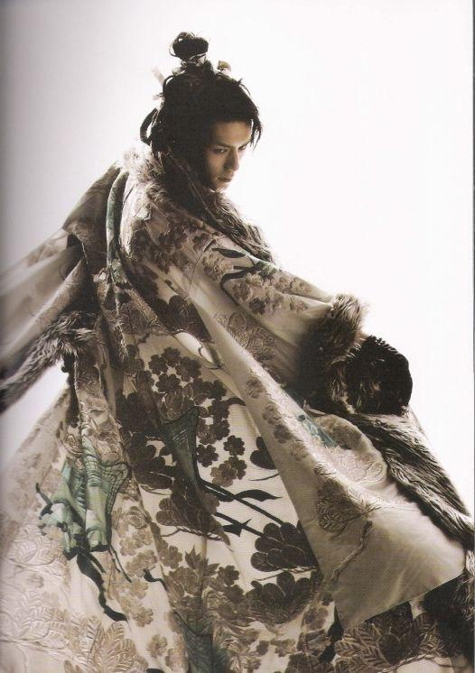 quietbystander:    Japanese actor Hideaki Takizawa