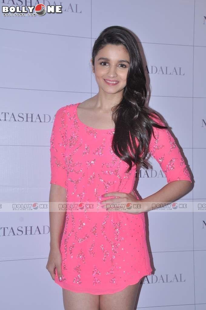 Alia Bhatt-2 http://newsvillas.com/