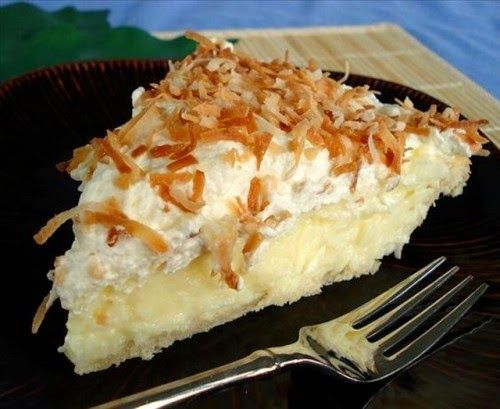 Receptek, és hasznos cikkek oldala: Vaníliás kókuszkrémes édesség sütés nélkül! Krémes és ínycsiklandó és a sütő közelébe se kell menned!