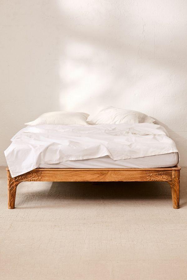 online store efe03 50bd7 Andrea Carved Platform Bed | Home | Platform bed, Wooden ...