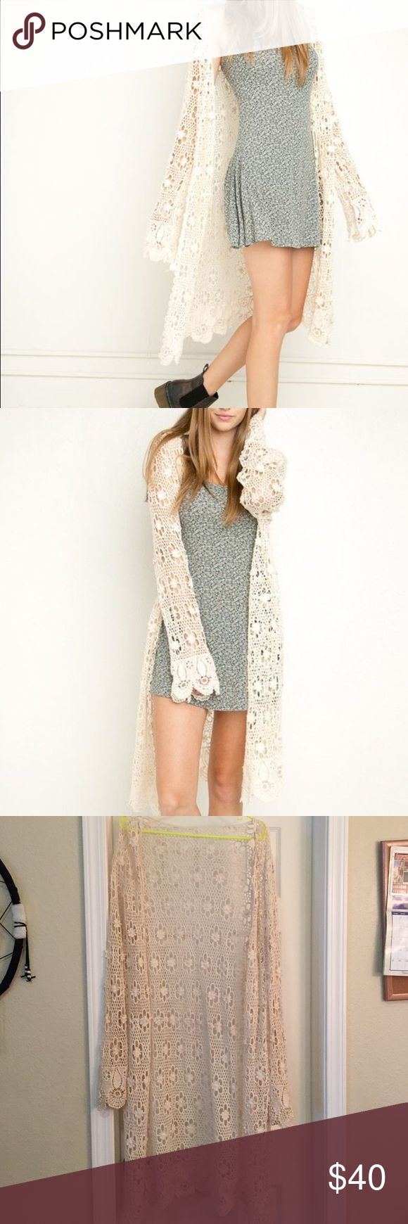 Brandy Melville Cardigan Excellent condition . Worn once Brandy Melville Sweaters Cardigans