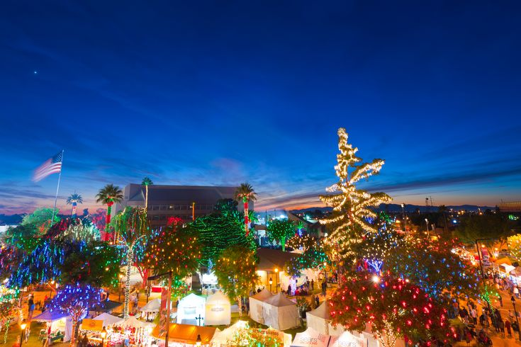 24th Annual Glendale Glitters Spectacular Weekend | Visit Arizona