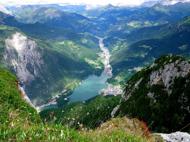 Alleghe - beautiful lake town, easy access via tram or hiking path (steep) to the Alta Via One.
