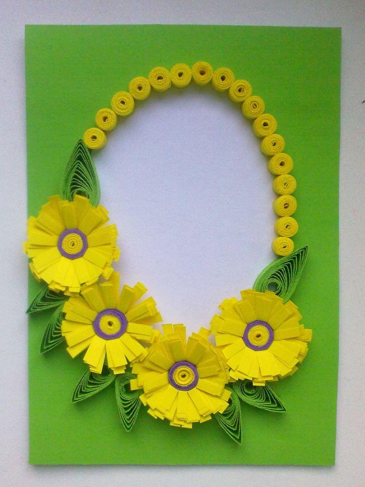 Velikonoční přání žluté Technika : quilling Velikost přání je 10,5 x 14,5 cm K přáníčku je dodávána i obálka