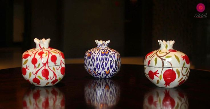 Керамические шкатулки в форме граната с ручной росписью Ceramic jewelry boxes with the shape of pomegranates and hand painted patterns Available at Noor Art Gallery located at the Hyatt Regency Dushanbe. For more information please call 992 48 702 1234. #tajikistan #dushanbe #instaart #artshop #handmade #fashion #pottery #ceramics #pomegranate #ikat #jewelrybox #art #terracotta #таджикистан #душанбе #дизайн #арт #гончарнаяработа #керамика #гранат by noor.art.gallery