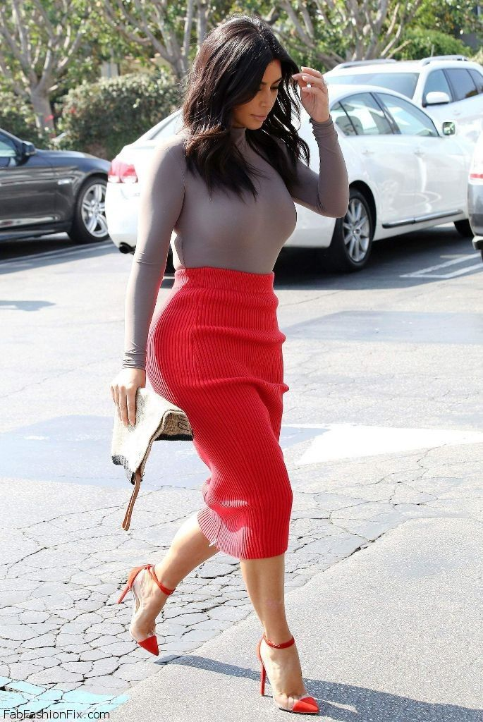 Kim Kardashian Street Style With Alexander Wang Pencil Skirt And Louboutin Shoes October 2014